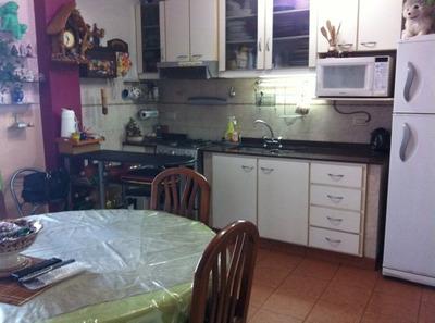 Impecable Casa De 3 Amb. C/ccohera En Villa Madero