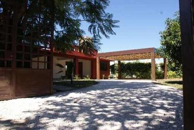 Casa Habitación En San Lorenzo Cacaotepec, Oaxaca.