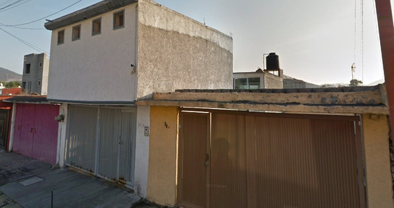 Casa En Fraccionamiento