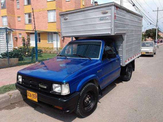 Mazda B2000 B 2000