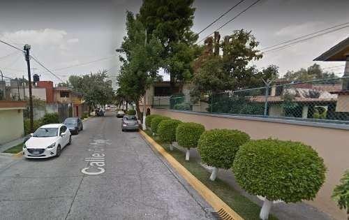 Casa En Tlalnepantla En Fraccionamiento Jacarandas