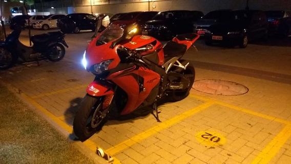 Honda Cbr 1000 Rr Impecável Baixa Km!!