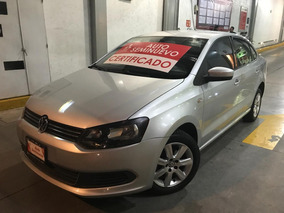Impecable Volkswagen Vento Active T/m 2015
