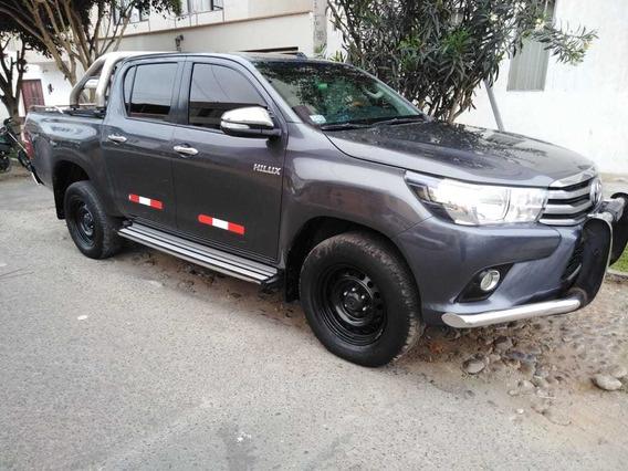 Toyota Hilux 4x2 Dc 2 Go Sr