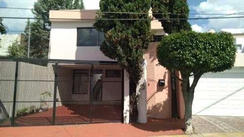 Casa En Renta En Condominio Paseos Universidad
