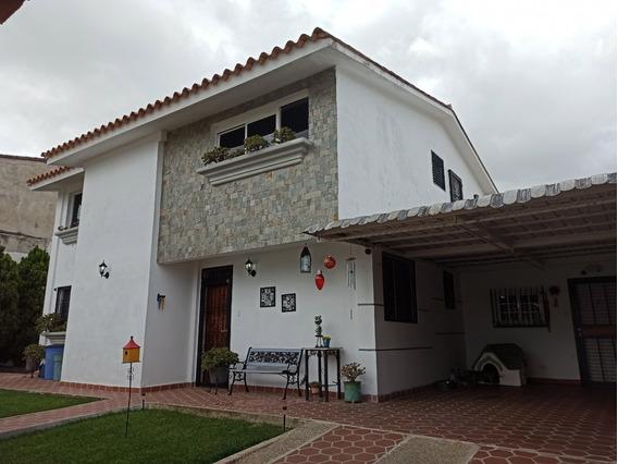 Best House Vende Hermosa Quinta En Cooperativa Guicaipuro