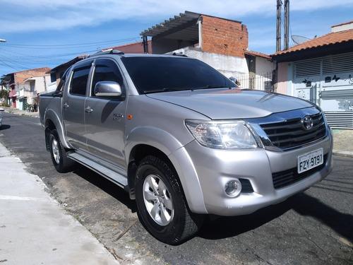 Imagem 1 de 6 de Toyota