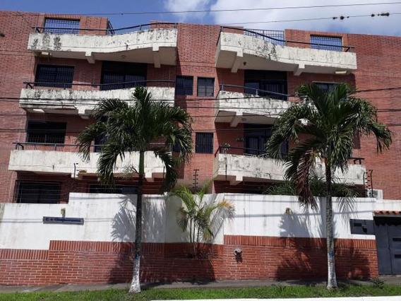 Apartamento En Venta En San Felipe 19-2715 Rb