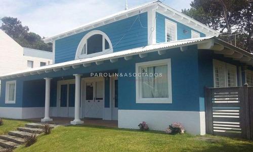 Muy Linda Casa A Pasos Del Mar!!-ref:2689