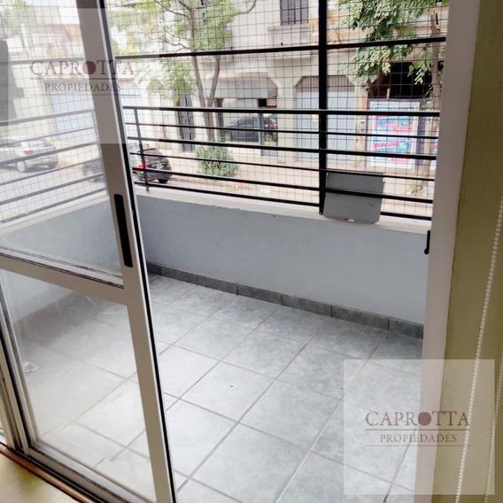 Departamento 2 Ambientes Con Patio Y Balcon - Villa Devoto