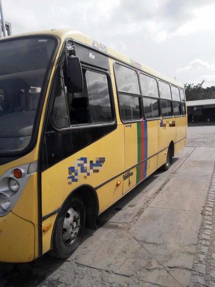 Microônibus Ano 2012 Mercedes Caio Foz