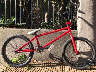 Bicicleta Bmx Semi-profesional Con Palancas Primo Nuevas