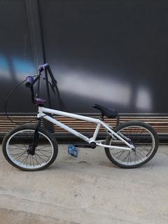 Bicicleta Bmx Glin. Poco Uso