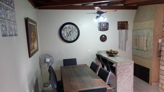 Casa Em Condomínio Fechado De 3 Dormitórios - 4262