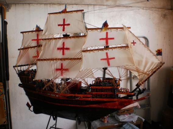 Antigo,pesado E Enorme Navio De Ferro. Lindissimo.
