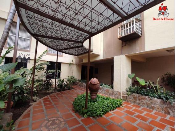 Apartamento En Zona Norte Urb El Bosque Cod 20-18465 Sh