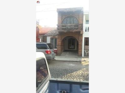 Casa Sola En Venta Villa De Las Flores, V. A., Colima; De Dos Plantas Y Con Un Estilo Único