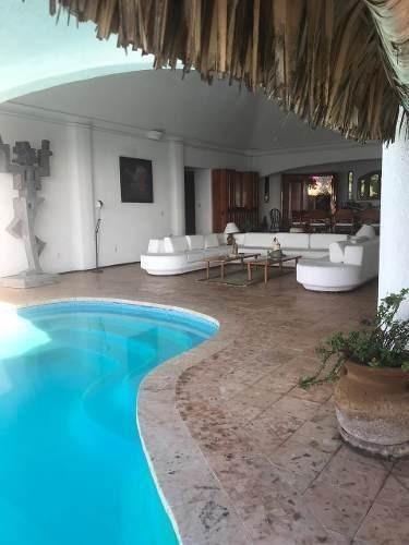 Casa En Venta- Col Las Playas
