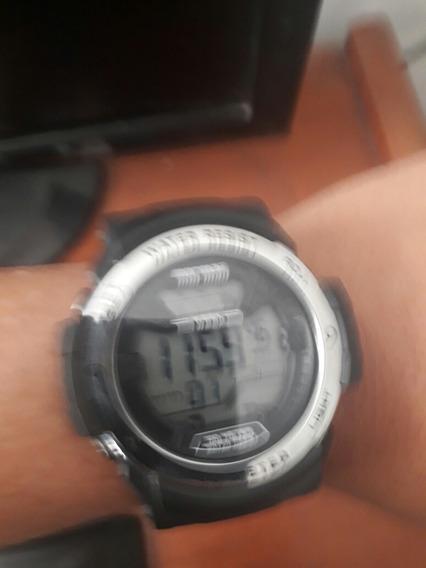 Relógio Da Mormaii Semi Novo Na Garantia Do Fornecedor