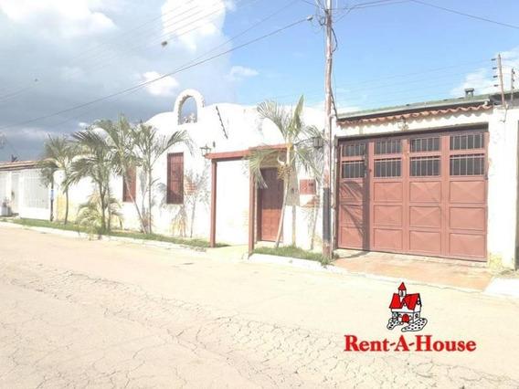 Casa En Venta En San Antonio, Palo Negro. 21-8591 Lln