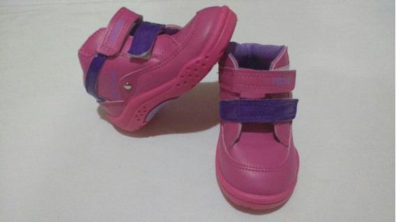 Botitas ,zapatillas, Plumitas ,2da Seleccion.