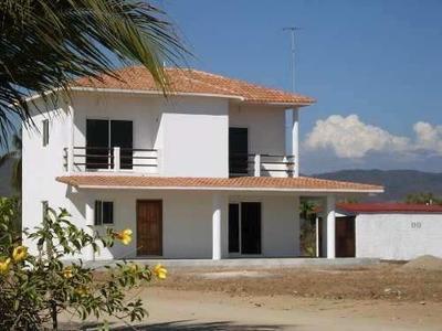 Venta Casa En Puerto Escondido, Oaxaca Frente Al Mar