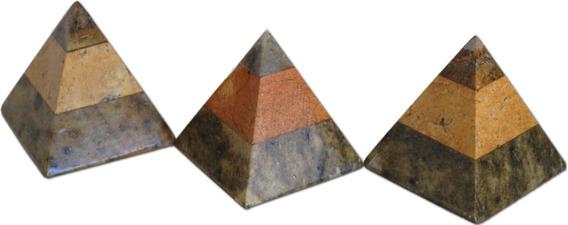 Kit Com 03 Piramides Em Pedra Sabão Linda Peça Decorativa