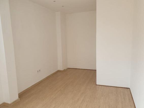 Sala Em Vila Oliveira, Mogi Das Cruzes/sp De 15m² Para Locação R$ 750,00/mes - Sa390327