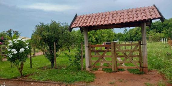 Rancho No Rio Tiete.