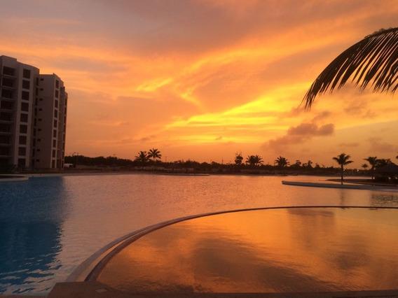 Departamento Totalmente Amueblado Con Hermosa Vista A Preciosa Laguna