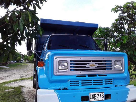 Volqueta Chevrolet C-70