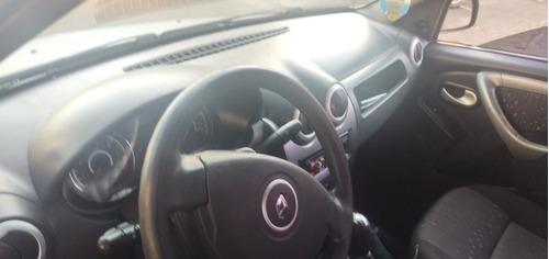 Renault Logan Expression 2010/2011, 1.0, 16v, 5p, Porta Mal