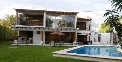 Hermosa Casa Amueblada En Renta De 780 M2 En Club De Golf, Cuernavaca. Qb