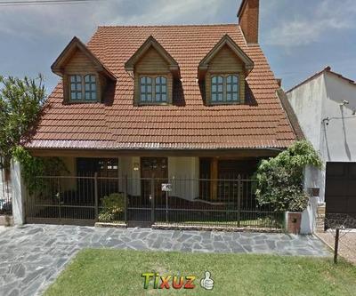 Vendo Casa Dos Plantas, Parrilla, Garage Y Parque.
