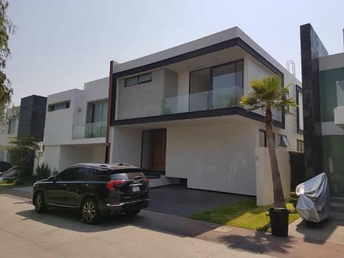 Casa En Venta En Frac. Solares Residencial