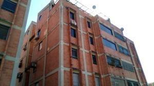 Apartamento En Venta En Campina Ii Naguanagua 19-20553 Valgo