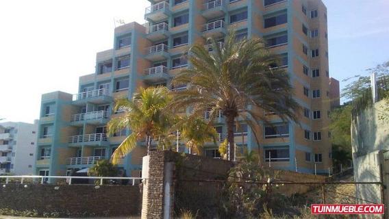 Apartamento En Alquiler- Pta. Ballena. Pampatar