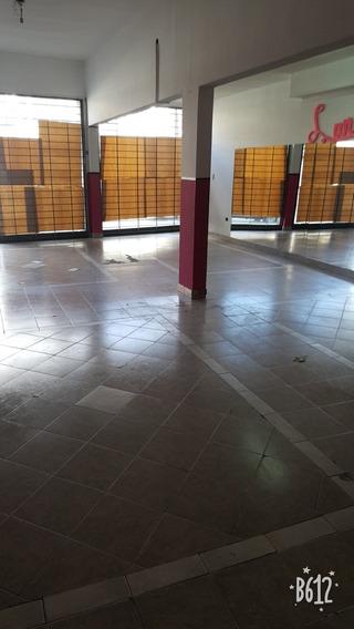Local 150 Metros 2 Y 3 Baños