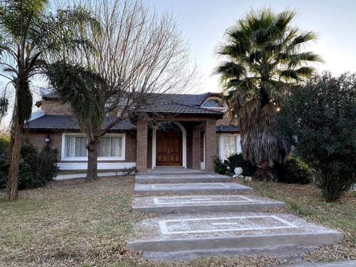 Casa En Venta En Lomas De La Carolina - Oportunidad - Venta Por Viaje