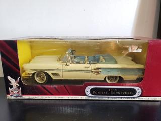1958 Pontiac Bonneville Deluxe Edition - 1/18