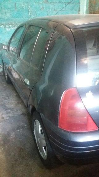 Renault Clio 1.0 Rn 5p 2002