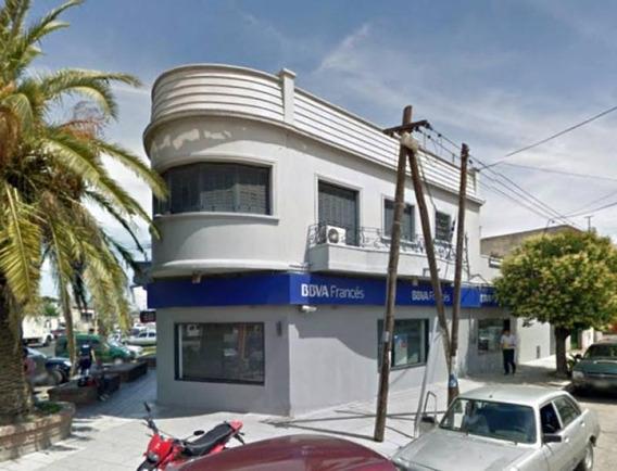 Local Comercial Desarrollado En Planta Baja Y Primer Piso