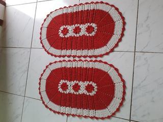 Par De Tapetes Grande Crochê Oval Com Flores. Promoção