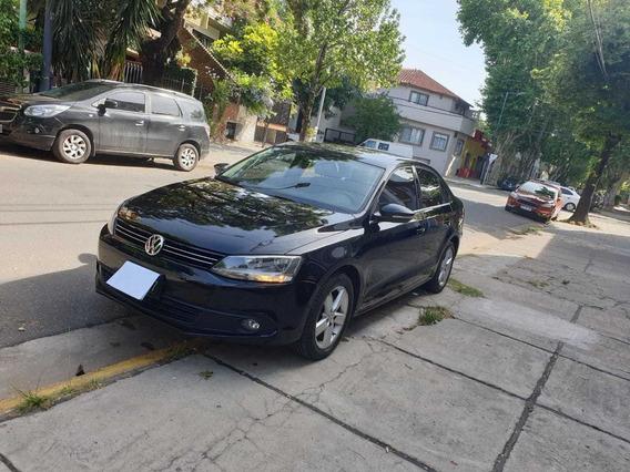 Volkswagen Vento 2.5 Luxury 2014 - Solo 30.000km