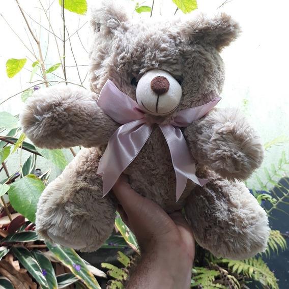 Ursinho Pelúcia Macio Urso De 30cm Marfim Com Gravata Rosa