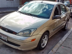 Ford Focus Lx Base Aa At 2000