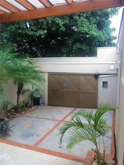 Casa Maravilhosa No Jambeiro, 3 Dormitórios, Excelente Localização! - Ca1117