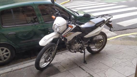 Vendo Honda Xr 125l 2014 8000km Impecable Papeles Al Dia