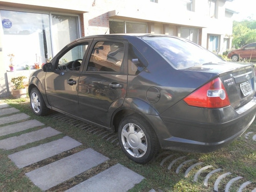 Ford Fiesta Max 1.6 Ambiente 2005