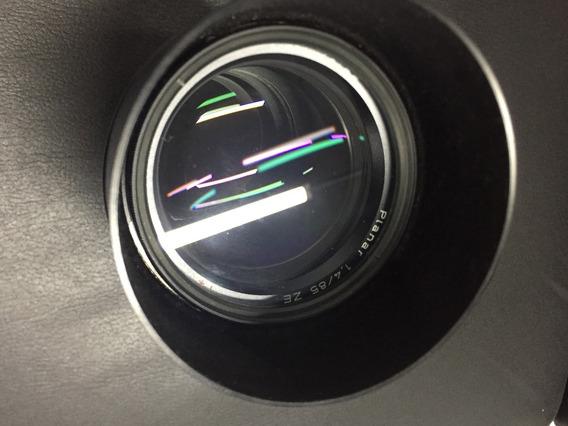 Lente Zeiss Telephoto 85mm F/1.4 Ze Planar T* Manual Focus